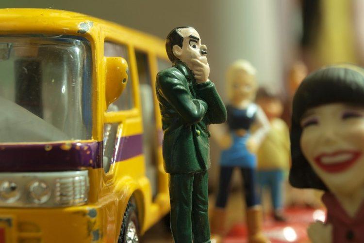 jak jeździć komunikacją miejską