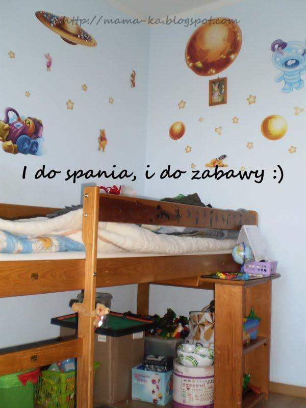 na przeciwko komody - łóżko Makka